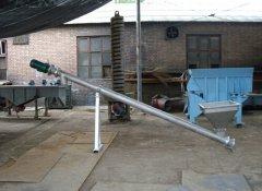 管式螺旋输送机的保护装置